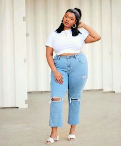 Thick Girls Outfits, Curvy Girl Outfits, Outfits For Teens, Plus Size Outfits, Plus Size Teen, Curvy Plus Size, Mom Jeans Outfit, Denim Outfit, Thick Girl Fashion