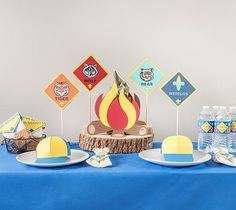 Cub Scout Centerpieces - Blue and Gold Banquet, Made with Cricut Explore, Webelos, Bear, Tiger, Wolf, Scouts  Make your next Blue and Gold banquet memorable with an amazing centerpiece. This project include images from the Cricut®️️ Cub Scout digital cartridge.  xoxo, Anna Rose