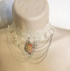 Beautiful, carved Vintage style Cameo Jewelry,in fashion jewelry such as Chokers,Necklace,Rings,Brooches,earrings elegant Lockets,handbags,purse,frames and Bracelet.The craftsmanship of these one of a