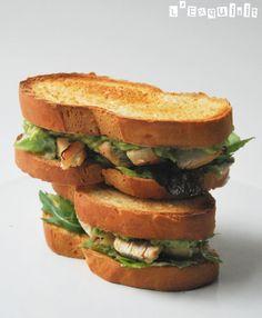 Sandwich de pollo con aguacate | L'Exquisit