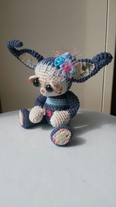 Minirumi Belly, patroontje is van Esther Emaar.   http://www.ravelry.com/patterns/library/minirumi-belly