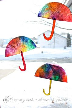 Coffee Filter Umbrella Craft from Sunny with a Cha. - Coffee Filter Umbrella Craft from Sunny with a Cha. Rainy Day Crafts, Rainy Day Activities, Spring Activities, Art Activities, Toddler Activities, Activity Days, Indoor Activities, Family Activities, Preschool Weather
