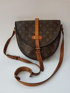 LV Bag. LOUIS VUITTON Vintage Chantilly Brown Monogrammed Shoulder   Crossbody  Bag. French Designer 01697e2136793