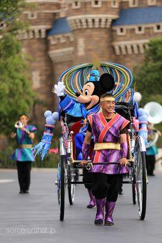 Beautiful photos of Tanabata Days (the Japanese Star Festival) at Tokyo Disneyland and DisneySea!