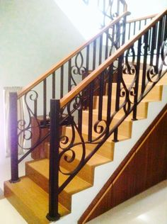 indoor balcony railing | Great house ideas/inspiration | Pinterest ...