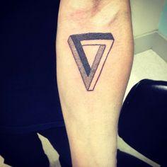 (6) geometric tattoo | Tumblr