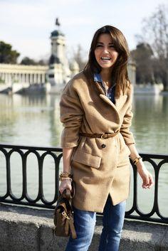belted camel coat. Lovely pepa #streetstyle #fashionblog #denim