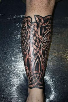 ****Charming Celtic Leg Tattoo- like! ****Charming Celtic Leg Tattoo- like! Celtic Sleeve Tattoos, Celtic Tattoos For Men, Celtic Knot Tattoo, Cross Tattoo For Men, Calf Tattoo, Best Sleeve Tattoos, Tattoo On, Viking Tattoos, Arm Tattoos For Guys