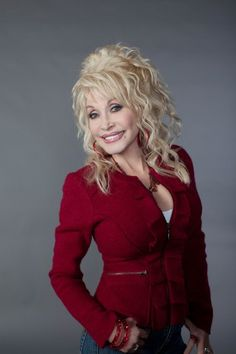 Exciting news for @DollyParton!  #dollyparton #newshow #NBC #coatofmanycolors #country #countrymusic #music #9to5