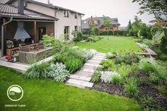Landscape and garden design Garden Yard Ideas, Garden Paths, Herb Garden, Lawn And Garden, Modern Garden Design, Landscape Design, Back Gardens, Outdoor Gardens, Patio Deck Designs
