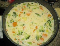 Claudis Kartoffel - Gemüse - Käsesuppe, ein beliebtes Rezept aus der Kategorie Eintopf. Bewertungen: 96. Durchschnitt: Ø 4,6.