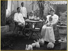 J J Kunst family at Tjimahi 1902