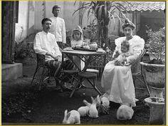 J J Kunst family at Tjimahi 1902