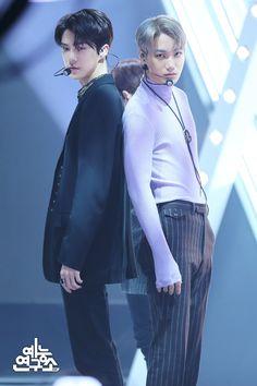 Sehun, Kai - 181220 MBC Show! Kyungsoo, Chanyeol, Exo Chen, Exo Kai, Sekai Exo, Exo Couple, Exo Group, Exo Album, Exo Lockscreen