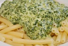 Spinat – Frischkäse – Soße Spinach cream cheese sauce, a great recipe from the Vegetarian category. Sauce Recipes, Pasta Recipes, Cooking Recipes, Easy Dinner Recipes, Great Recipes, Easy Meals, Veggie Recipes, Healthy Recipes, Cream Cheese Sauce