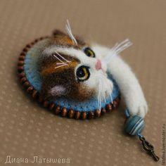 """Купить Войлочная брошь """"Котик"""" - коричневый, брошь, войлочная брошь, брошь из шерсти, брошь кот"""