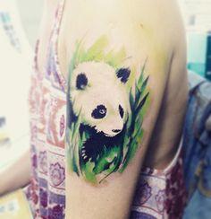 tatouage realiste d un panda