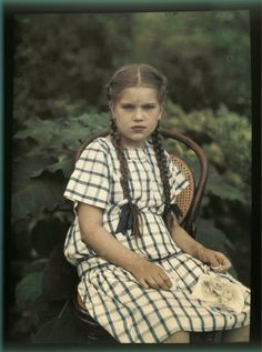 Peter Ivanovich Vedenisov (1866-1937) between 1909 and 1914 took some of amazing color photographs of Russia at that time.