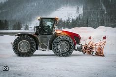 Mb Truck, Engin, New Holland, Heavy Equipment, Farm Life, Transformers, Antique Cars, Automobile, Monster Trucks