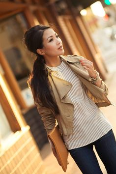 3803607541 I like the beige trench paired with vertical striped top Wendy s Lookbook