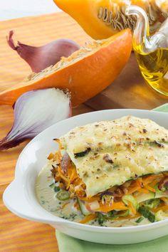 Perfekt für den Herbst: Kürbis-Lasagne mit Gemüse und Milkana Schmelzkäse. Leckeres Herbst-Rezept dank Kürbis und Milkana Champignon.