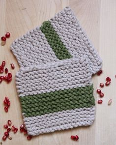 2 knitted #Coaster #knitting #knit