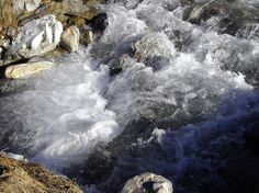 Torrent full of slush, high valley of Ossau, Bearn, Pyrenees Atlantiques, Aquitaine, France. by Bernard White. Creative Commons: Some rights reserved
