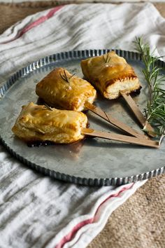 Hummingbird High: Bite-Sized Baked Brie with Rosemary and Honey