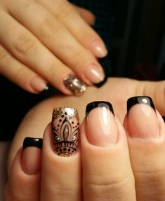Chic French Nail Designs Ideas Previous Post Next Post Glitter French Nails, Glitter Gel Nails, French Nail Art, French Tip Nails, Gold Nails, Fingernail Polish Designs, Nail Tip Designs, French Nail Designs, Nails Design