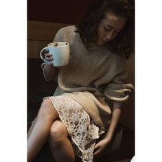 «В первые дни работы и мороза,❄️ хочется тепла и уединения. Например за чашкой ароматного кофе ☕ в Швейцарии…»