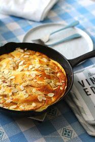 a lemon tree cafe: OMLET MIGDAŁOWO-SEROWY Z KARMELIZOWANYMI JABŁKAMI - ALMOND-CHEESE OMELETTE WITH CARAMALIZED APPLES Cake Ingredients, Homemade Tacos, Homemade Taco Seasoning, Fish Recipes, Whole Food Recipes, Cheese Omelette, Italian Cheese