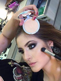 Tutorial – maquiagem esfumada na diagonal