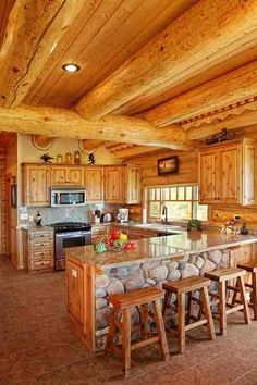 Whether you live on a ranch or at the center of town, western style decor provides lots of colour and charm. If you're prepared to generate a change on your dining and kitchen places and wish to bring some spice,… Continue Reading → Log Cabin Kitchens, Log Cabin Homes, Barn Homes, Rustic Kitchen Design, Luxury Kitchen Design, Log Home Interiors, Mediterranean Kitchen, Cuisines Design, Küchen Design