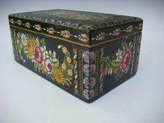 Vintage Olinala box!  Sweet!    http://cgi.ebay.com/ws/eBayISAPI.dll?ViewItem&item=231008218438&ssPageName=STRK:MESE:IT#ht_660wt_949