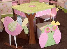 Beautiful table and chairs for little girl's room! @Sabrina Majeed Majeed Johnson- think we could get the men to make it and we could paint it (that is, if there's ever a little girl around)? SO gorgeous!