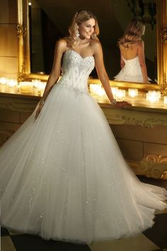 Stella York Wedding Dresses Photos on WeddingWire- one of my faves!