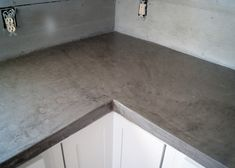 Concrete Countertop DIY Concrete Counters Poured over Laminate! - DIY Concrete Counters Poured over Laminate - how we poured concrete over our laminate counters so we could install our stainless steel apron front sink. Concrete Countertops Over Laminate, Concrete Sink, Countertop Materials, Laminate Countertops, Quartz Countertops, Cocina Diy, Up House, House Studio, Rustic Kitchen
