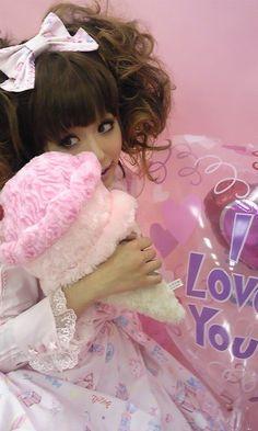 ღ sweet lolita ღ .:*・゜