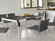 A quick guide of 2017 design world to buy a perfect dining table