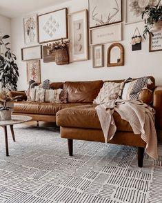 Boho living room tan leather sofa poly and bark gallery wall ruggable Thalia black rug Living Room Sectional, Tan Sofa Living Room Ideas, Brown Leather Couch Living Room, Tan Leather Sofas, Brown Couch Decor, Sectional Sofas, Leather Pants, Appartement Design, Design Salon
