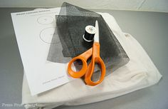 How to make an easy Halloween ghost costume out of a sheet for kids. Homemade simple pattern with DIY tutorial and template for a white bed sheet ghost. Ghost Costume Sheet, Sheet Ghost, Ghost Halloween Costume, Witch Costumes, Diy Costumes, Vintage Halloween, Devil Costume, Costume Ideas, Vintage Witch