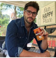 NICK BATEMAN Nick Bateman, Hairy Men, Bearded Men, Short Beard, Beautiful Men Faces, Men Eyeglasses, Mens Glasses, Men With Glasses, Beard Styles