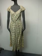 VINTAGE 1940s GREEN COCKTAIL DRESS w EMBROIDERED FLOWER BEADS & RHINESTONES 34