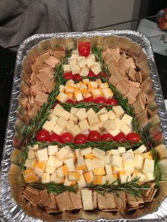 Christmas cheese tray                                                                                                                                                                                 Más