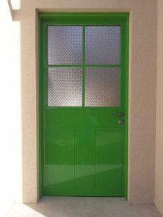 קטלוג דלתות כניסה מעוצבות   מבחר דלתות הכניסה השלם של דלתות כפר חוגלה House Styles, Tall Cabinet Storage, Locker Storage, Front Door, Doors, Home Decor, New Homes, Door Design, Room Inspiration