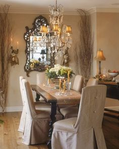 Love the way all the different textures come alive in this room - crystals, twigs, burlap, natural wood - Wow works so well together.