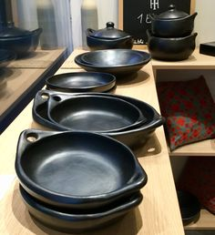 Kitchen Items, Kitchen Decor, Coffee Vs Tea, Kitchen Cooker, Kitchenware, Tableware, Korean Dishes, Catering Display, Pink Home Decor