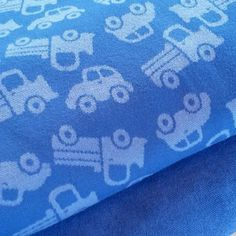 Bambus i nydelig klar blå farge😀  #myllymuksut Fabric, Instagram Posts, Clothes, Finland, Bamboo, Tejido, Tela, Clothing, Kleding
