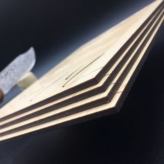 Menu de mariage Corse en Bois gravé et Marquage à chaud Recto Verso – Erable 3mm – Imprimerie ICB Gravure Laser, Grave, Corse, Printing