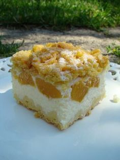 Sernik z brzoskwiniami Polish Desserts, Polish Recipes, Arabic Food, Cheesecakes, Vanilla Cake, Sweet Recipes, Sweet Tooth, Food And Drink, Sweets